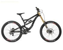 2015 Pivot Phoenix DH Carbon Saint Bike