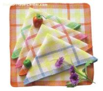 Kitchen towels are small fabrics that mainly use coarse cotton yarns as the raw material, there are also some ones using cotton and linen bl