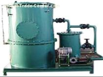 waste oily water separator for collecting oil and discharging water
